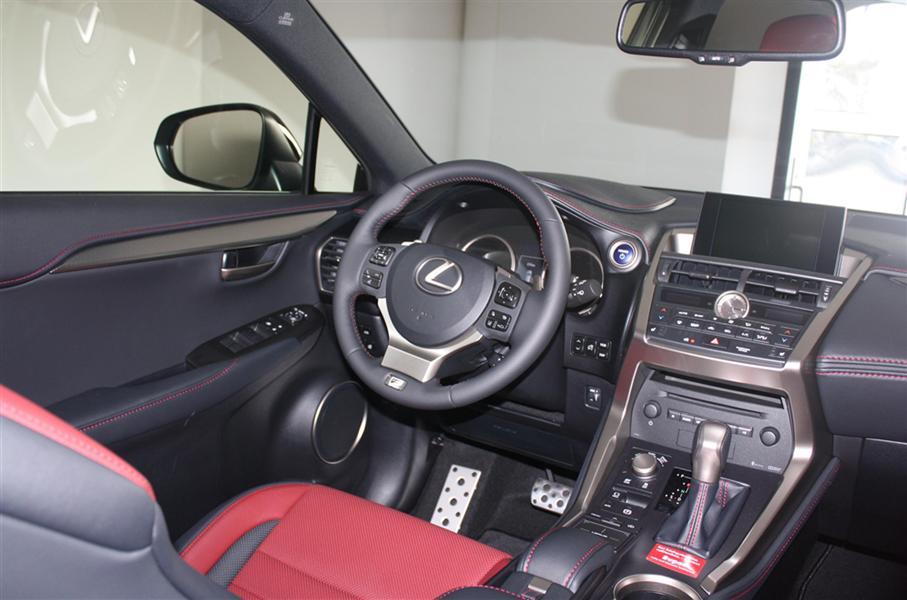 Bán ô tô Lexus NX300H đời 2016, màu nâu, đen, trắng  nhập khẩu nguyên chiếc