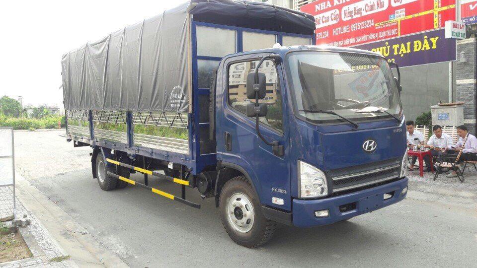 hyundai tải thùng 7 tấn 3. thùng dài 6m2.