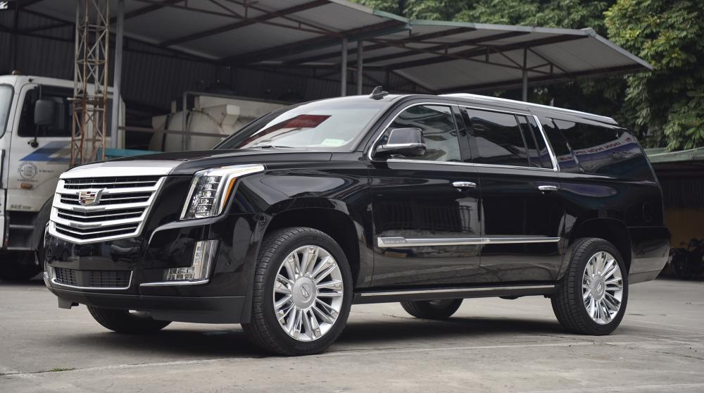 Cần bán Cadillac Escalade ESV Platinum sản xuất 2019, màu đen, nhập khẩu chính hãng