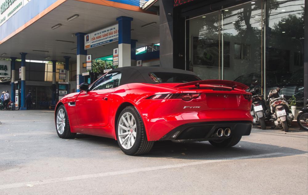 Bán xe Jaguar F Type sản xuất 2018, màu đỏ, xe nhập