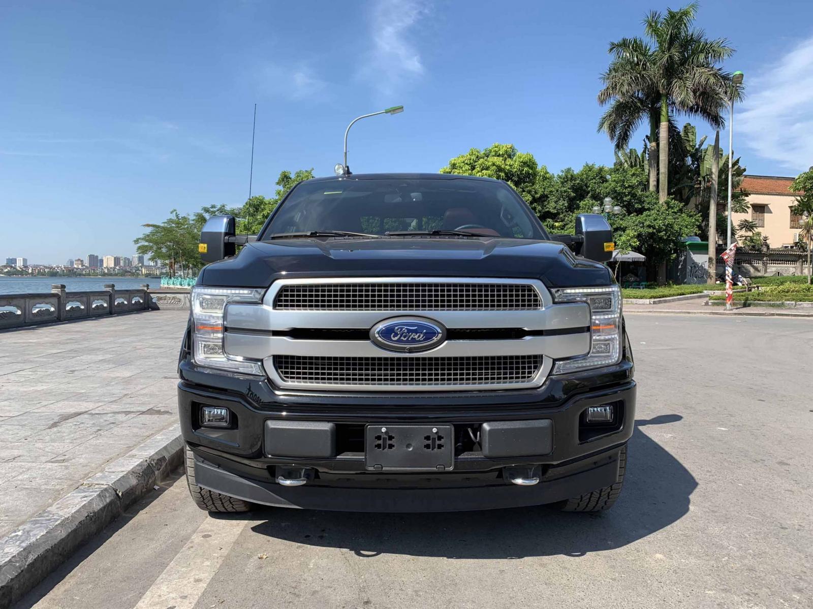 Bán xe Ford F 150 Platinum đời 2019, màu đen, nhập khẩu chính hãng