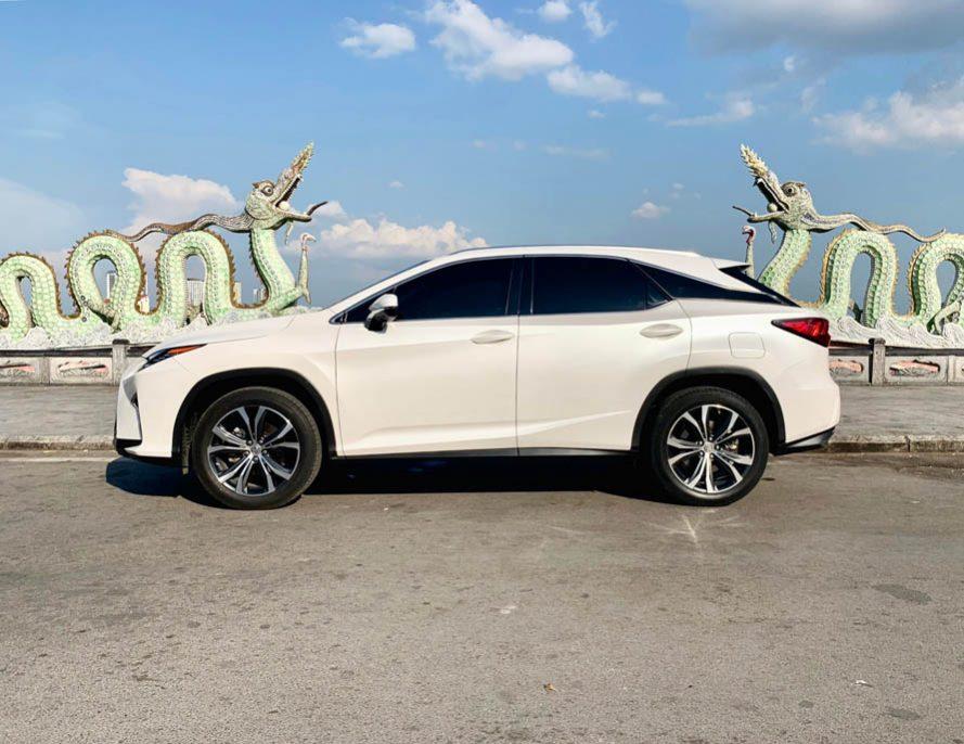 Xe Lexus RX350 sản xuất 2016, màu trắng, nhập khẩu nguyên chiếc
