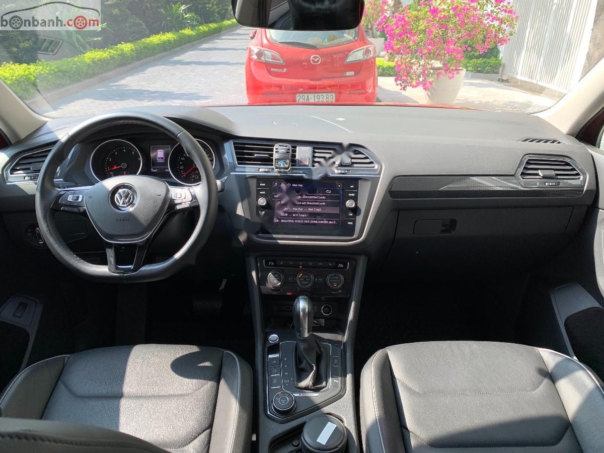 Cần bán gấp Volkswagen Tiguan Allspace năm sản xuất 2018, màu đỏ, nhập khẩu nguyên chiếc