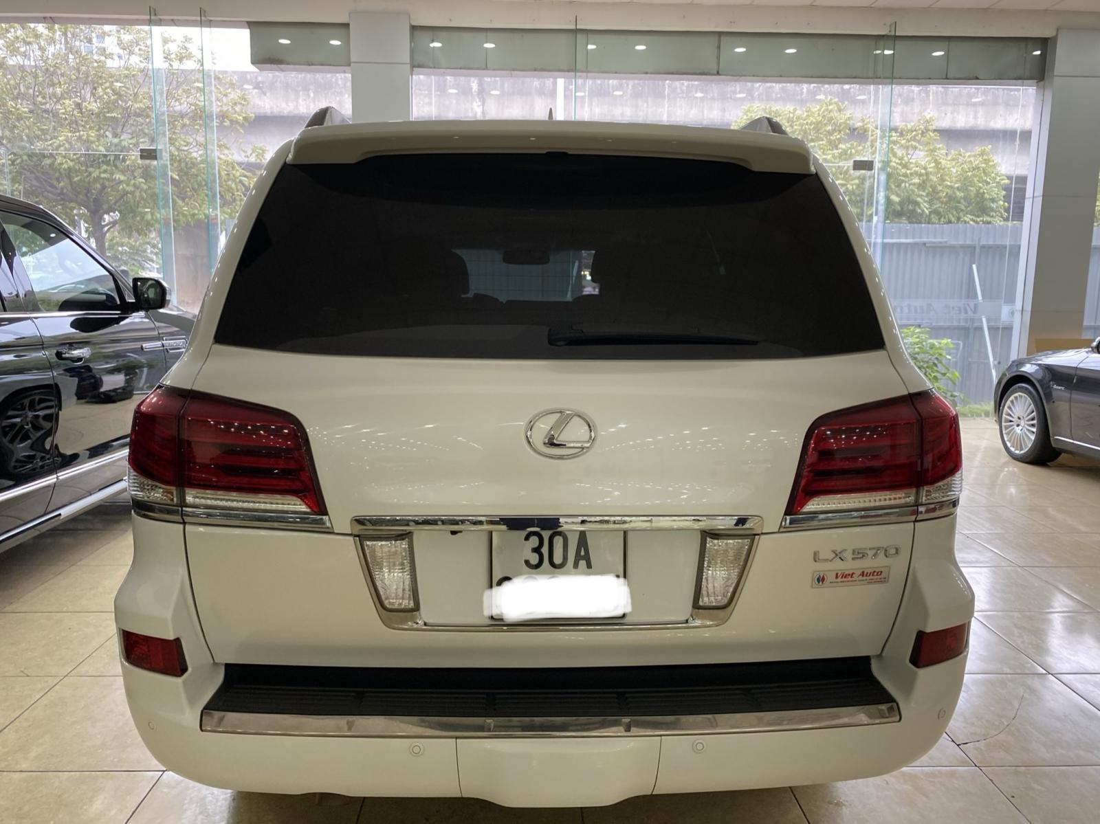 Lexus LX570 nhập Mỹ,màu trắng,đăng ký 2015,xe siêu đẹp,biển Hà nội,