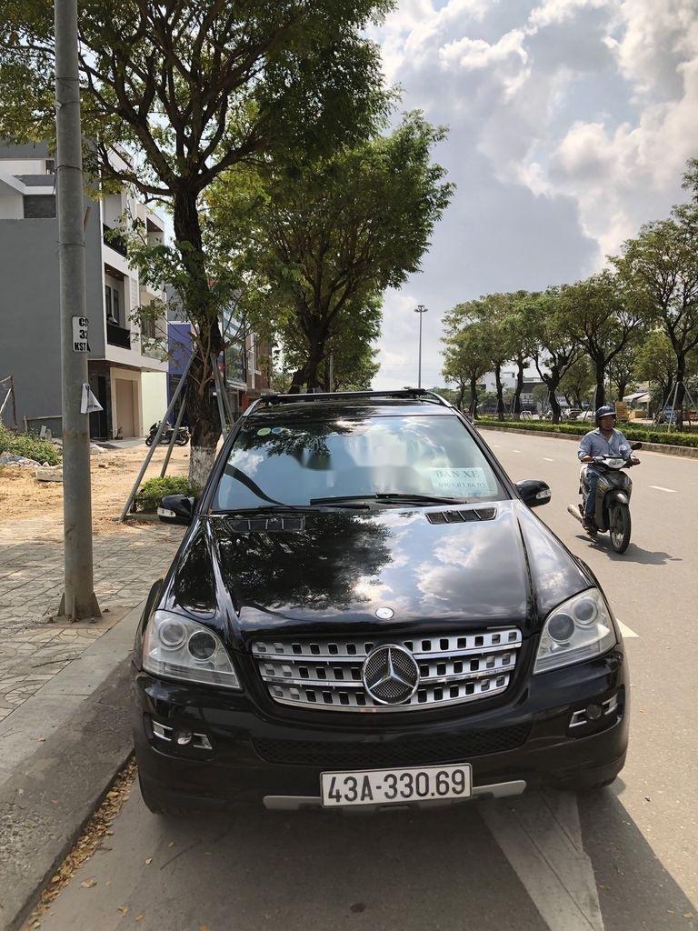Bán xe Mercedes ML350  AT sản xuất 2007, màu đen, nhập khẩu