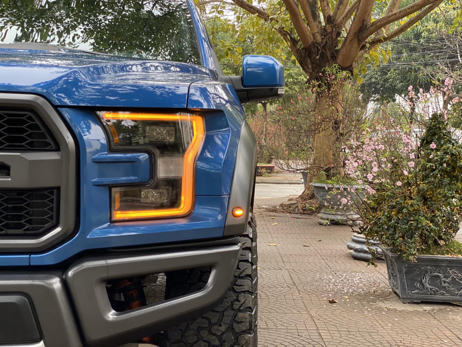 Bán Ford F150 Raptor model 2020, màu xanh, xe nhập, giá siêu tốt