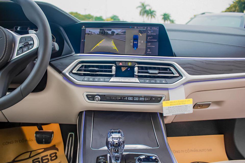 Cần bán xe BMW X7 40i đời 2020, đủ màu giao ngay, nhập khẩu nguyên chiếc