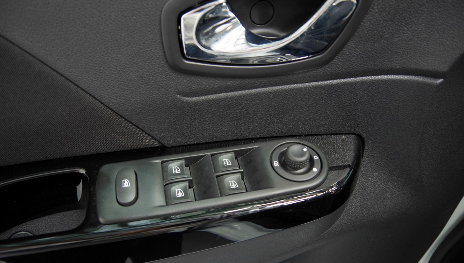 Renault Kaptur SUV nhập Châu Âu nguyên chiếc