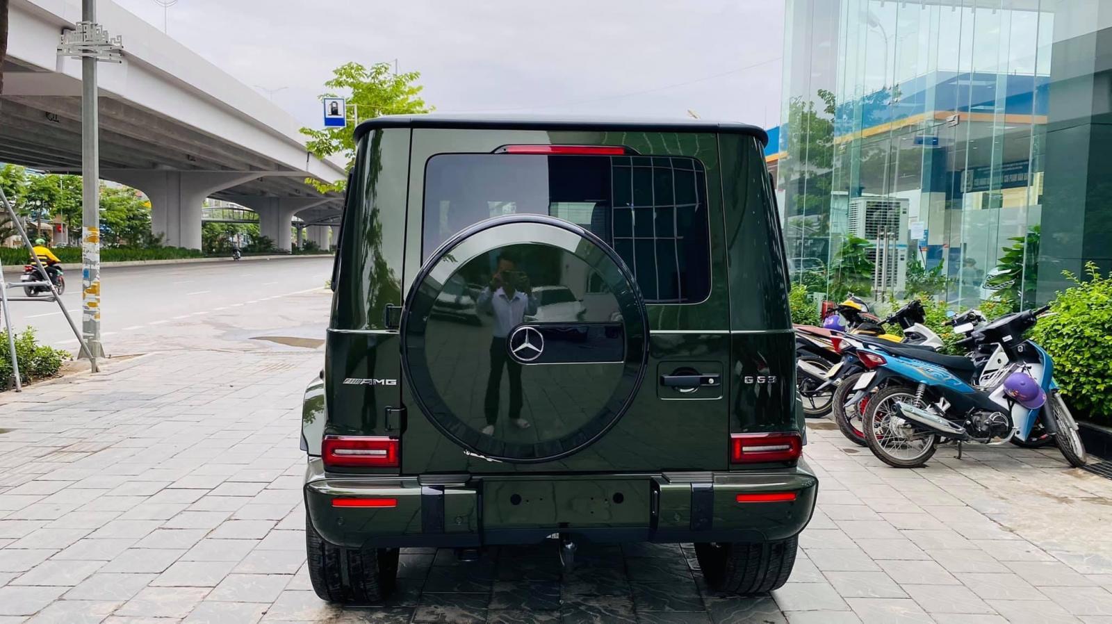 Bán Mercedes-Benz G63 AMG màu xanh bộ đội cực đẹp, sản xuất 2021, có xe sẵn giao ngay