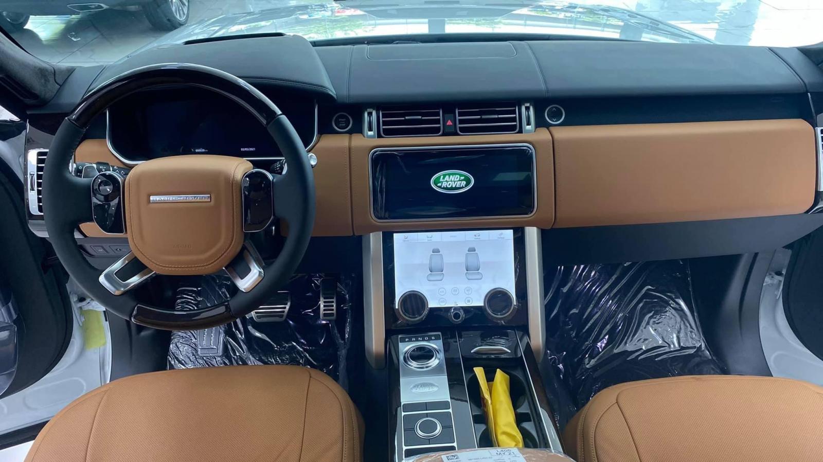 Cần bán xe LandRover Range rover Autobiography 3.0L đời 2021, màu trắng, xe nhập