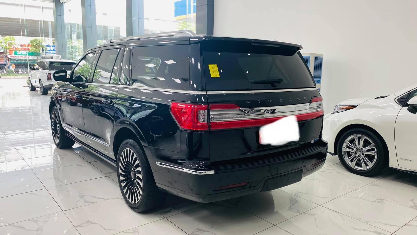 Bán Lincoln Navigtor L Black Label màu đen, sản xuất 2019, đăng ký 2021