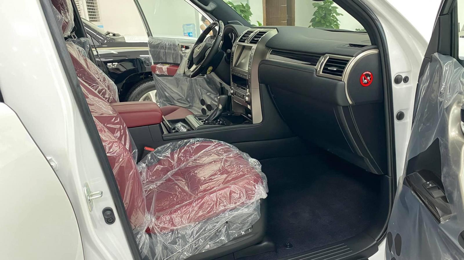 Bán xe Lexus GX460 Platinum đời 2021, màu trắng, nhập khẩu