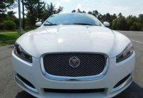 Cần bán Jaguar XF 2.0 sản xuất 2014, màu trắng, nhập khẩu giá 2 tỷ 400 tr tại Tp.HCM