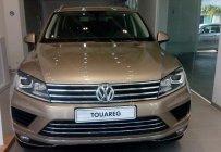 Bán ô tô Volkswagen Touareg đời 2015, màu vàng, giá tốt giá 2 tỷ 889 tr tại Tp.HCM