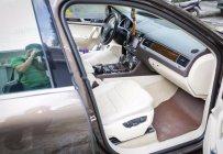 Cần bán xe Volkswagen Touareg V6 đời 2015, màu nâu, nhập khẩu nguyên chiếc chính chủ giá 1 tỷ 868 tr tại Tp.HCM