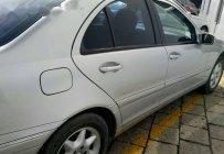 Cần bán Mercedes C200 đời 2003, giá cạnh tranh giá 220 triệu tại Tp.HCM