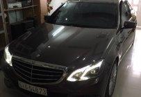 Bán xe Mercedes E 400 2014, màu ghi hồng 96% giá 1 tỷ 490 tr tại Tp.HCM