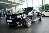 Bán xe Mercedes GLC 300 màu đen, giá tốt. Giao xe ngay giá 2 tỷ 209 tr tại Hà Nội