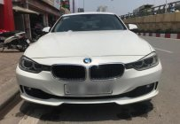 Cần bán lại xe BMW 3 Series 320i năm sản xuất 2013, màu trắng, nhập khẩu nguyên chiếc như mới giá 850 triệu tại Hà Nội