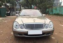 Cần bán xe Mercedes E240 2005, số tự động màu bạc giá 355 triệu tại Tp.HCM