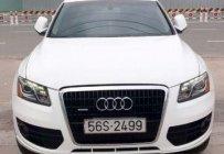 Cần bán lại xe Audi Q5 3.2 năm 2010, màu trắng, xe nhập số tự động giá 1 tỷ 60 tr tại Tp.HCM