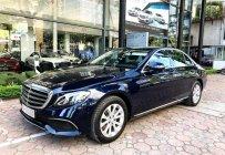 Bán Mercedes E200 2018 màu xanh chạy lướt giá tốt giá 1 tỷ 760 tr tại Hà Nội