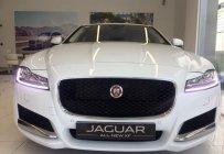 Cần bán Jaguar XF Prestige đời 2018, màu trắng, phân khúc sedan thể thao hạng sang, giao ngay giá 3 tỷ 222 tr tại Đà Nẵng