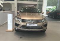 Bán xe Volkswagen Touareg năm sản xuất 2017, tiết kiệm được 700 triệu khi mua Touareg tại đây giá 2 tỷ 149 tr tại Tp.HCM