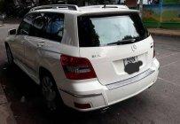 Gia đình bán xe Mercedes GLK 300 sản xuất năm 2009, màu trắng giá 685 triệu tại Tp.HCM