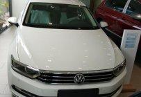 Cần bán Volkswagen Passat S 2018, màu trắng, nhập khẩu nguyên chiếc giá 1 tỷ 300 tr tại Khánh Hòa