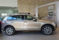 Volkswagen Touareg vàng cát - có sẵn - giao xe toàn quốc - liên hệ ngay để được giá tốt 0968028344 giá 2 tỷ 499 tr tại Ninh Bình