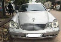 Cần bán xe Mercedes C200 sản xuất năm 2003, màu bạc số sàn giá 300 triệu tại Quảng Trị