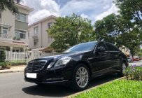 Vỡ nợ bán xe Mercedes E300 đời 2011, màu đen bóng giá 875 triệu tại Tp.HCM
