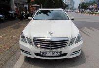 Bán Mercedes E250 2012 màu trắng giá 1 tỷ 50 tr tại Hà Nội