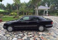Bán Mercedes E240 năm sản xuất 2001, màu đen số tự động  giá 155 triệu tại Hà Nội