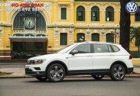 Bán Tiguan Allspace 2018 màu trắng - Lô xe tháng 10, thủ tục nhanh gọn, nhận xe ngay trong tháng/ Hotline: 090.898.8862 giá 1 tỷ 699 tr tại Tp.HCM