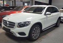 Bán Mercedes GLC250 2018 màu trắng, giá thương lượng giá 1 tỷ 939 tr tại Tp.HCM