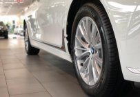 Bán xe BMW 7 Series 730Li sản xuất 2018, màu trắng, xe nhập giá 4 tỷ 49 tr tại Tp.HCM
