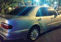 Bán Mercedes E240 đời 2001, màu bạc giá 195 triệu tại Tp.HCM