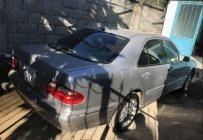 Cần bán Mercedes E240 đời 2001, màu bạc giá 210 triệu tại Đồng Nai