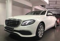 Mercedes-Benz E200 cũ 2019, màu trắng/nội thất nâu, tốt nhất, giao ngay giá 1 tỷ 960 tr tại Tp.HCM