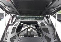 Bán ô tô Lamborghini Huracan LP610 sản xuất năm 2014, màu trắng, nhập khẩu nguyên chiếc ít sử dụng giá 13 tỷ 500 tr tại Tp.HCM