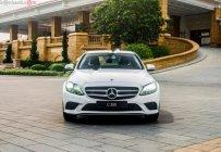 Bán Mercedes C200 đời 2019, sang trọng đẳng cấp giá 1 tỷ 499 tr tại Tp.HCM