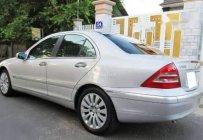 Gia đình bán Mercedes C180 2002, màu bạc giá 190 triệu tại Tp.HCM