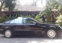 Cần bán Mercedes E200 năm sản xuất 2004, màu đen, xe nhập, giá chỉ 360 triệu giá 360 triệu tại Tp.HCM