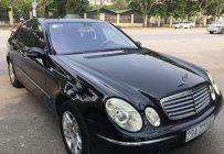 Cần bán xe Mercedes E200 năm sản xuất 2004, màu đen giá 285 triệu tại Hà Nội