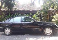 Bán ô tô Mercedes E200 đời 2004, màu đen, nhập khẩu nguyên chiếc, 380tr giá 380 triệu tại Tp.HCM