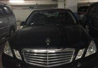 Cần bán xe Mercedes E300 sản xuất 2010, màu đen, 5 chỗ còn mới giá 880 triệu tại Tp.HCM