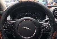 Chính chủ bán xe Jaguar XJ series 2014, màu đen, nhập khẩu  giá 2 tỷ 850 tr tại Tp.HCM