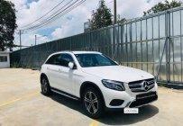 Cần bán Mercedes GLC200 đời 2018, màu trắng giá 1 tỷ 615 tr tại Tp.HCM